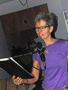 Suzanne Fidler doing Book trailer voice over at Peter Bromley's Peru Blue Sky home studio in Vancouver. September 2015.